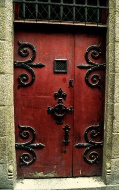 Door in St. Michelle, France Love the heavy, scrolling hardware! Large Windows, Windows And Doors, Red Doors, Cool Doors, Unique Doors, Tor Design, Door Knobs And Knockers, When One Door Closes, Door Entryway