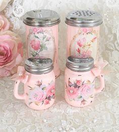 Shabby Chic Pink, Shabby Vintage, Shabby Chic Decor, Vintage Style, Vintage Pink, Shabby Chic Kitchen, Shabby Chic Cottage, Shabby Chic Homes, Pink Kitchen Decor