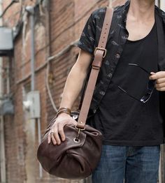 Leather-duffle-bag-go-forth-1424188781