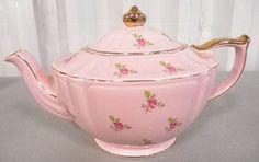 shopgoodwill.com: Vintage English Pink/ Roses Teapot-Sadler England