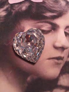 Vintage Swarovski 28mm Heart Crystal no hole 8256HRT x1 by dimestoreemporium on Etsy
