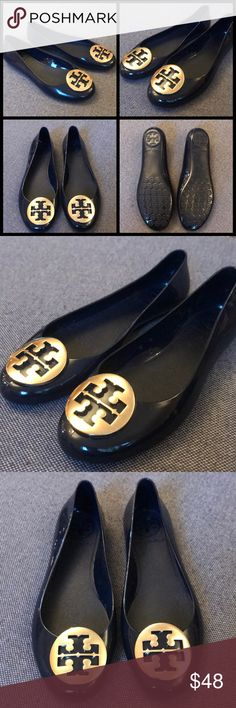 d64cdc9deb2 Tory Burch flats in great condition. Size 5 Tory Burch flats in great  condition.