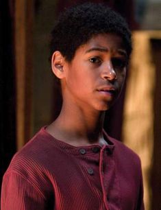 Your guide to who's who in the wizarding world of Harry Potter and the Deathly Hallows. Dean Harry Potter, Harry Potter Icons, Harry Potter Aesthetic, Harry Potter Universal, Harry Potter Characters, Harry Potter Memes, Hogwarts, Alfred Enoch, Harry Potter Journal