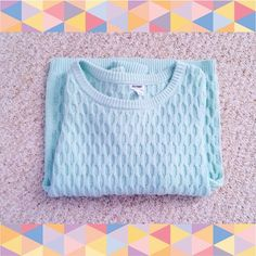 Cable Knit Mint Sweater Message me if you have any questions! ☺️ Old Navy Sweaters Crew & Scoop Necks