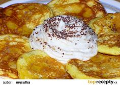 Rychlé jogurtové lívanečky recept - TopRecepty.cz Baby Food Recipes, Cooking Recipes, Griddle Cakes, Czech Recipes, Pancakes And Waffles, Breakfast Bake, Sweet And Salty, Brunch, Food And Drink