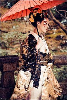 Japanese Kimono and wagasa