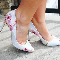 Bigley Shoes and Clothing ( Fabric Textures, Fabric Patterns, Ted Baker, Spring Fashion, Stiletto Heels, Kitten Heels, Pumps, Photo And Video, Stylish