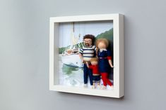 Needle felted, personalized dolls, family portrait in frame Family Portraits, Needle Felting, Dolls, Frame, Decor, Felting, Family Posing, Baby Dolls, Picture Frame