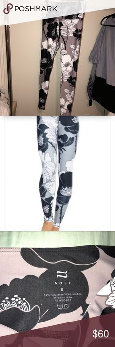 💎NOLI YOGA💎 floral ankle length leggings Perfect condition Noli yoga floral leggings from the summer collection Ankle length Mid rise  Very soft Fit true to size !! Gray black and white noli yoga Pants Leggings