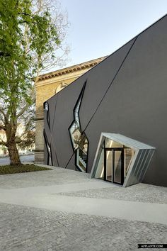 The Felix Nussbaum Haus Extension // Daniel Libeskind   Afflante.com #architecture ☮k☮
