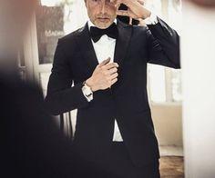 「mads mikkelsen suit」の画像検索結果