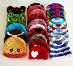 Preemie Crochet Hats Day The Basic Beanie – Classy Crochet Hello and welcome to my Week of Preemie Hats! I started this project in December 2018 after I learned of the passing of my dear friend Petra. I've known her since I was eleven years old, and … Crochet Bebe, Crochet Gifts, Crochet For Kids, Crochet Hooks, Free Crochet, Knit Crochet, Crochet Hats For Babies, Baby Hat Patterns, Crochet Patterns
