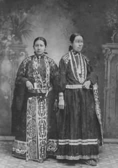 Ellen and Carrie Vieux, members of the Potawatomi, between 1880 and 1889