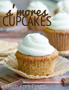 S'mores Cupcakes: Graham cracker cupcakes filled with melted chocolate and topped with creamy, fluffy marshmallow buttercream frosting.