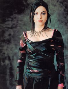 Amy Lee, tattered dress