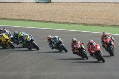 Stoner, Pedrosa, Race Start, Portuguese MotoGP Race 2007