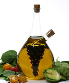 <p+style='margin-bottom:0px;'>Both+beautiful+and+convenient,+this+cruet+is+perfect+for+storing+and+serving+oil+and+vinegar+in+one+container.+Fill+the+interior+with+balsamic+vinegar+to+show+off+the+lovely+grapes.<p+style='margin-bottom:0px;'><li+style='margin-bottom:0px;'>8''+W+x+10''+H+x+6''+D<li+style='margin-bottom:0px;'>Holds+8+oz.<li+style='margin-bottom:0px;'>Glass<li+style='margin-bottom:0px;'>Hand+wash<li+style='margin-bottom:0px;'>Imported<br+/>