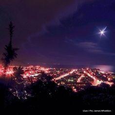 #Day91 of #100HappyDays – of #Faberystwyth: December 2013 Picture of the Month Winner ====================  #Diwrnod91 of #100DiwrnodHapus - #Ffaberystwyth: Rhagfyr 2013, ennillydd cystadleuaeth llun y mis #aberystwyth #wales #moon #lights