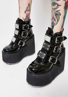 Demonia Low Trinity Boots have ya entering the matrix, except yer on a whole other level. These badass boots have buckles on the sides, killer platforms and back zipper closure to keep ya futuristic. Dr Shoes, Sock Shoes, Cute Shoes, Me Too Shoes, Shoe Boots, Ankle Boots, Edgy Outfits, Mode Outfits, Goth Boots