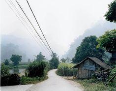 """Hans-Christian Schink, """"Vietnam"""", Ba Be 1, 2005, C-Print/Diasec, 178 x 215 cm und 121 x 145 cm, Auflage 5 + 3"""