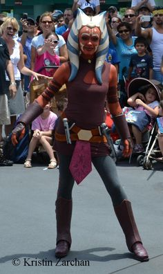 Star Wars Weekends, Disneys Hollywood Studios, Star Wars, Disney World Star Wars Rebels, Star Wars Clone Wars, Hollywood Studios, Ahsoka Tano Costume, Weekender, Jedi Cosplay, Cosplay Costumes, Star Wars Halloween, Star Wars Girls