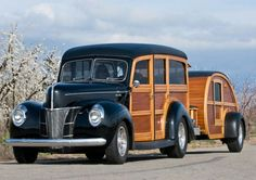a 1940 Ford Woody Station Wagon with teardrop camper trailer… =] Ford Lincoln Mercury, Classic Trucks, Classic Cars, Carros Vw, Woody Wagon, Vintage Travel Trailers, Vintage Caravans, Teardrop Trailer, Us Cars