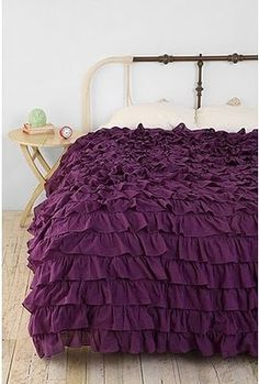 Waterfall Ruffle Duvet Cover - love the purple, white, or light pink! Ruffle Bedspread, Ruffles, Ruffle Blanket, Duvet Covers Urban Outfitters, Master Bedroom, Bedroom Decor, Teen Bedroom, My New Room, Bed Spreads