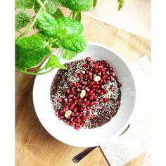 Csokoládés zabpuding. Diétás  és egészséges reggeli :) Acai Bowl, Breakfast, Food, Acai Berry Bowl, Morning Coffee, Essen, Meals, Yemek, Eten