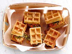 pikante mini quiches aus der muffinform mit porree lauch waln ssen schinken und tomaten. Black Bedroom Furniture Sets. Home Design Ideas