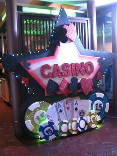 Casino theme shower inspiration vegas theme parties, las vegas party, c Las Vegas Party, Vegas Theme, Casino Night Party, Vegas Casino, Uk Casino, Casino Party Decorations, Casino Theme Parties, Party Themes, Casino Royale Theme