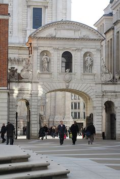 Temple Bar seen from inside Paternoster Square, City of London Old London, London Art, London Pubs, London Photos, London Today, London Life, London Square, Temple Bar, London History