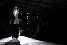 La modelo argentina @micarganaraz en la pasarela de @driesvannoten en #PFW  #Bazaarencolecciones  via HARPER'S BAZAAR ARGENTINA MAGAZINE OFFICIAL INSTAGRAM - Fashion Campaigns  Haute Couture  Advertising  Editorial Photography  Magazine Cover Designs  Supermodels  Runway Models