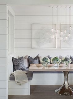 Find breakfast nook furniture ideas and buy new decor items on domino. Domino shares breakfast nook furniture ideas for your kitchen area. Home Design, Luxury Interior Design, Design Ideas, Wall Design, Design Trends, Chair Design, Coastal Living Rooms, Home Living, Coastal Entryway