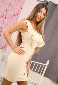 In A Little While, Make An Effort, Woman Standing, High Society, Female Models, Bodycon Dress, Lady, Dresses, Fashion