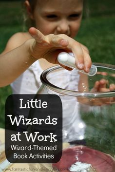 hall little harry potter and hermione? :) Little Wizards at Work.Mixing potions preschool science activity and many more wizard-themed book activities. Preschool Science Activities, Science Experiments Kids, Science For Kids, Science Projects, Educational Activities, Preschool Activities, Science Fun, Family Activities, Contexto Social
