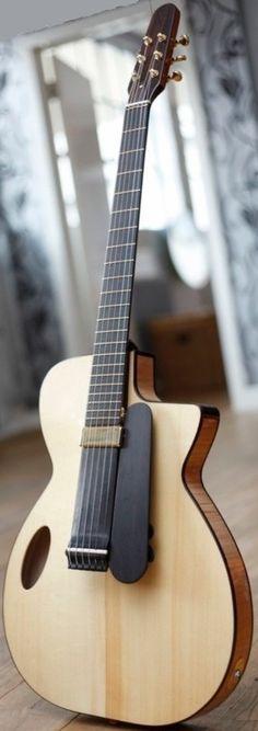 frettedchordophones: N K Forster Charlie archtop Guitar =Lardys Chordophone of… Electro Acoustic Guitar, Jazz Guitar, Music Guitar, Cool Guitar, Bass Ukulele, Guitar Chords, Guitar Chord Chart, Archtop Guitar, Guitar Body