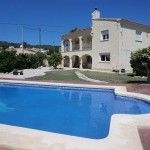 URB GRAN SOL Very large villa with two independent living accommodations built on a larger than average totally flat plot . Estate Agents, Open House, Larger, Spain, Villa, Flat, Bedroom, Building, Outdoor Decor