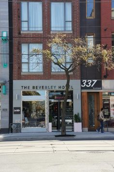 Located on Toronto's trendy Queen Street West, The Beverly is a small design hotel with 18 contemporary rooms offering an iPod docking station, a flat-screen TV, air conditioning, wood flooring and a bathroom with a shower. The hotel's restaurant serves contemporary Canadian food mad with seasonal produce and is open for lunch and dinner daily. Seasonal roof-top bar. Beverly Hotel, The Beverly, Queen Street West, Canadian Food, In Season Produce, Roof Top, Design Hotel, Docking Station, Wood Flooring
