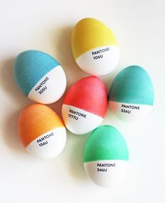 18 Minimalist Easter Eggs That Are Too Cool for School via Brit + Co