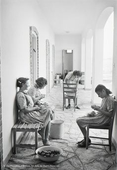 Rudi Weissenstein, A Room in Kfar Batya for Child Survivors of the Holocaust, 1947, °CLAIR Galerie