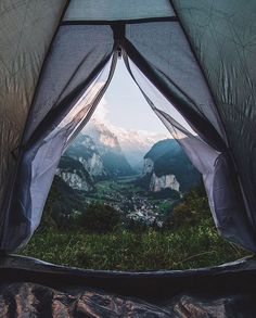 Can I wake up to this view please? I love camping!