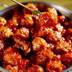 Sweet-and-Sour Meatballs - Hearty Meatball Recipes - Southern Living - Recipe:Sweet-and-Sour Meatballs These too-easy meatballs are the perfect appetizer for your… Football Party Foods, Football Food, Meatball Recipes, Beef Recipes, Cooking Recipes, Meatball Appetizers, Family Recipes, Sweet And Sour Meatballs, Albondigas