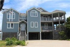 Aisling+House+Outer+Banks+Rentals+|+Spindrift+-+Semi-Oceanfront+OBX+Vacation+Rentals