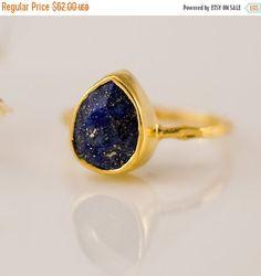 VENTE  lapis-lazuli anneau or  septembre Birthstone par delezhen