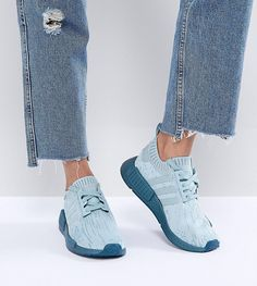 ADIDAS ORIGINALS ADIDAS ORIGINALS NMD R1 SNEAKERS IN GREEN WITH METALLIC SOLE - GREEN. #adidasoriginals #shoes #