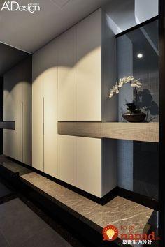 Krajšie riešenia sme ešte nevideli: Títo ľudia nechceli mať v byte obyčajné vstavané skrine - tie nápady vás ohromia! House Entrance, Entrance Hall, Shoe Cabinet Design, Flur Design, Hall Design, Wardrobe Doors, Wardrobe Design, Interior Inspiration, Interior Ideas