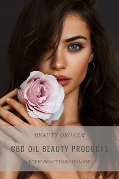 If there is only one beauty craze you should go within it's organic, all-natural cosmetics made with quality natural ingredients. Try cbd oil beauty products that will continue to dominate the beauty world in 2020 as well. Natural Face Cream, Cbd Extract, Cbd Hemp Oil, Natural Cosmetics, Treat Yourself, Beauty Skin, Your Skin, Beauty Products, Skincare