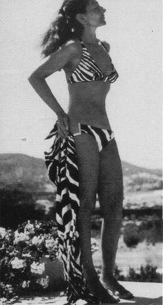 """39 - """"Quando conheci Aristo, tão cheio de vida, transformei-me em outra mulher."""" em Ibiza."""