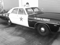 Cool old police car.