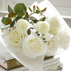 "gabytaangeles: ""(vía Bouquet of flowers) """